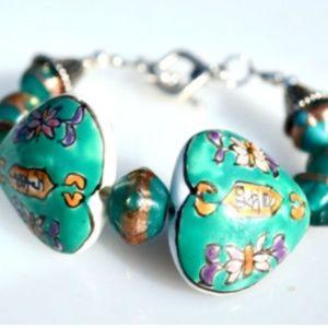 Green Hand painted Handmade Glass Beaded Bracelet
